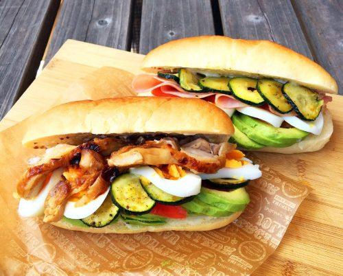 手作りパンのサンドイッチ