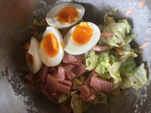 Cabbage, boiled egg and ham salad(preserved for 3 days in refrigerator)