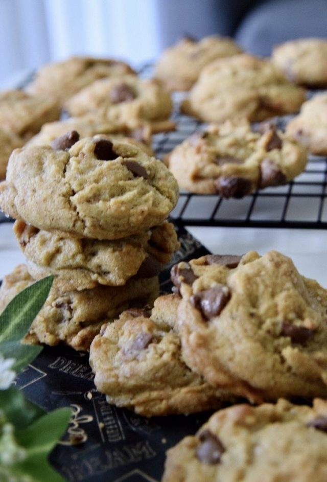 Sea Salt Browned Butter Chocolate Chip Cookies
